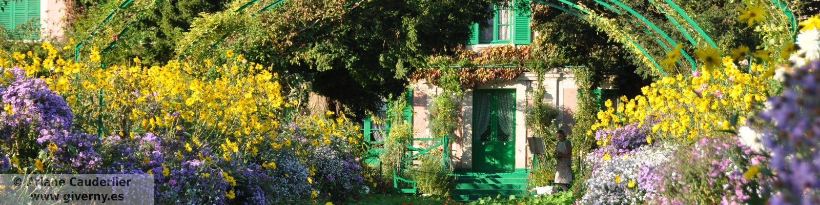Un pintor en el jardin de Monet en Giverny