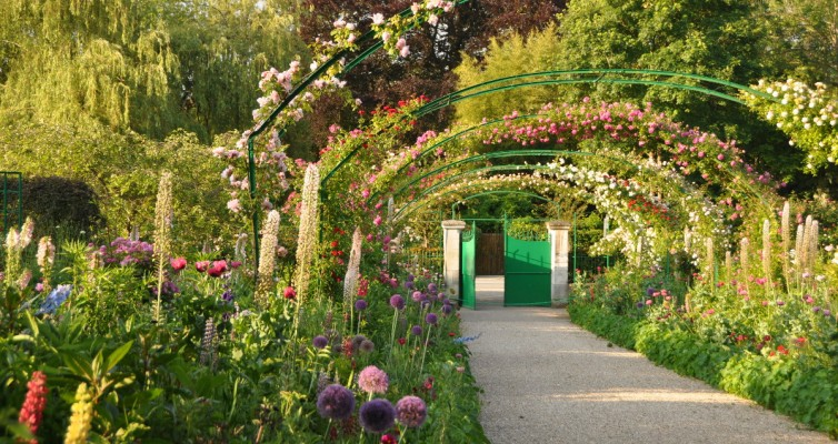 Giverny el jard n de claude monet en giverny francia for Arcos de jardin
